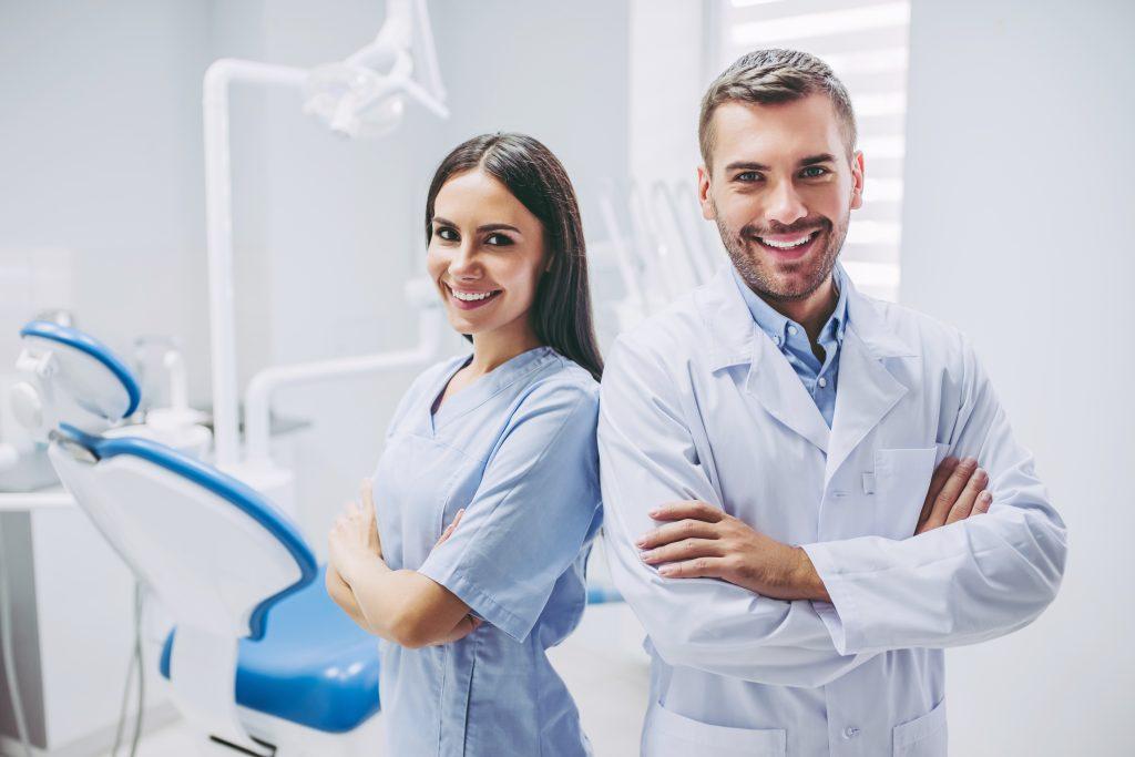 erfolgreiches Zahnarzt Paar